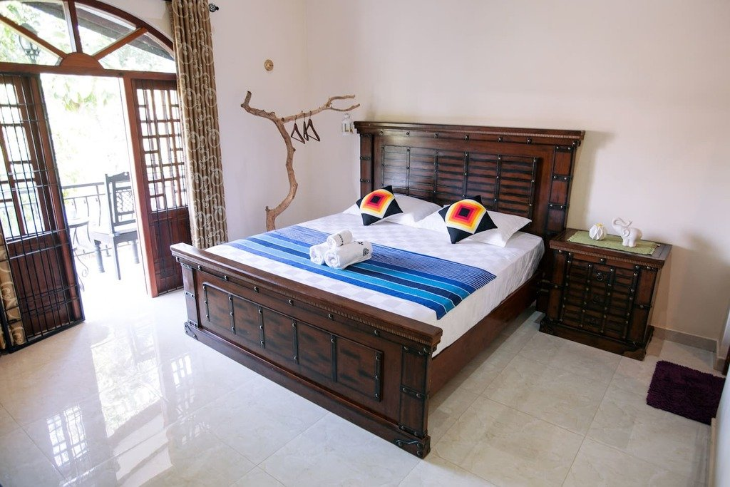 Kandy romantic hotels check out kandy romantic hotels for Bedroom designs sri lanka