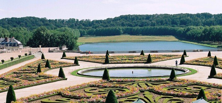 Palace Of Versailles, Paris – The Symphony Of Endless Splendour