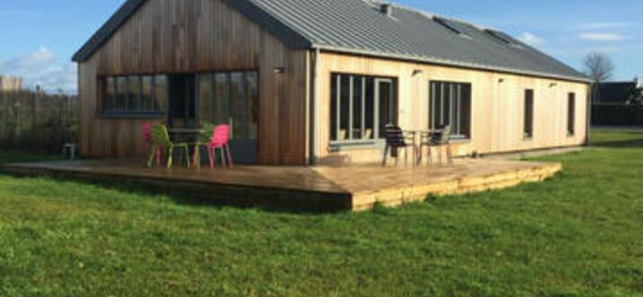 airbnb Saint-Vaast-la-Hougue, France