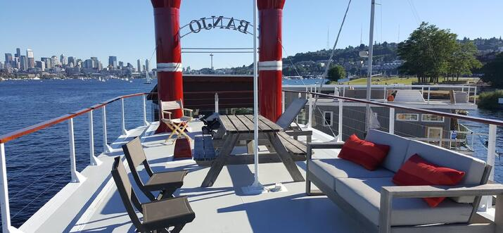 airbnb houseboat seattle