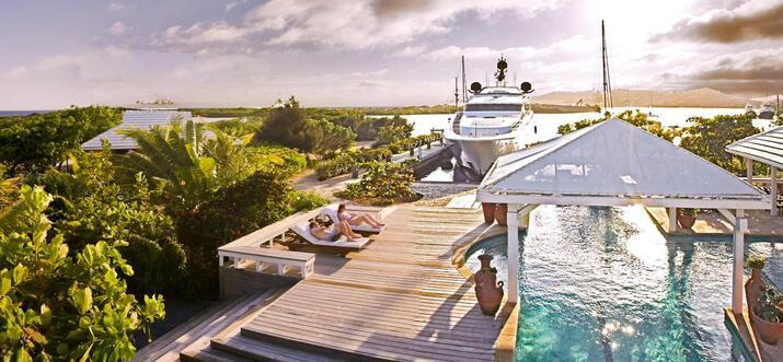 Dive Resorts In Roatan