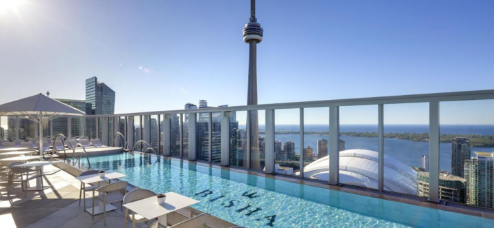 Hotels With Rooftop Pools In Toronto, Canada