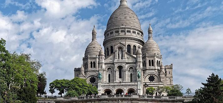 famous buildings in paris