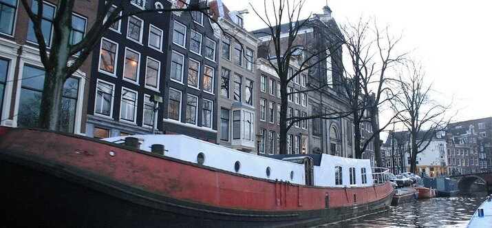 famous buildings in amsterdam