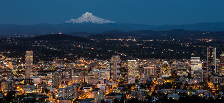 restaurants with a view in portland