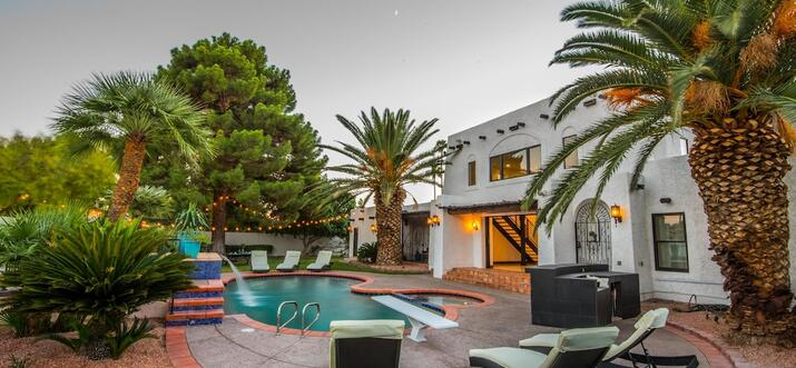 las vegas vacation rentals with private pool