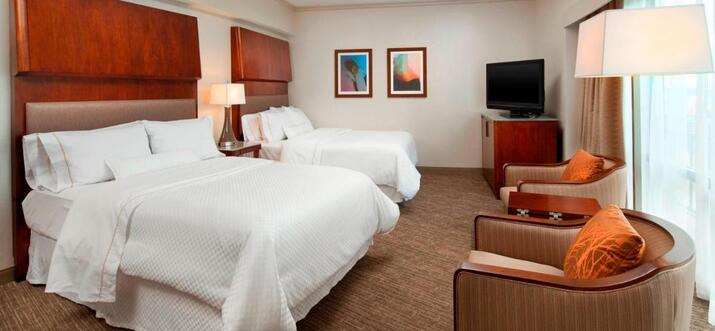 seattle hotels downtown with airport shuttle