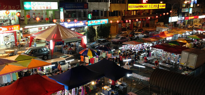 night markets in langkawi