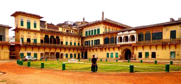 romantic places in varanasi