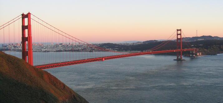 restaurants with view of golden gate bridge