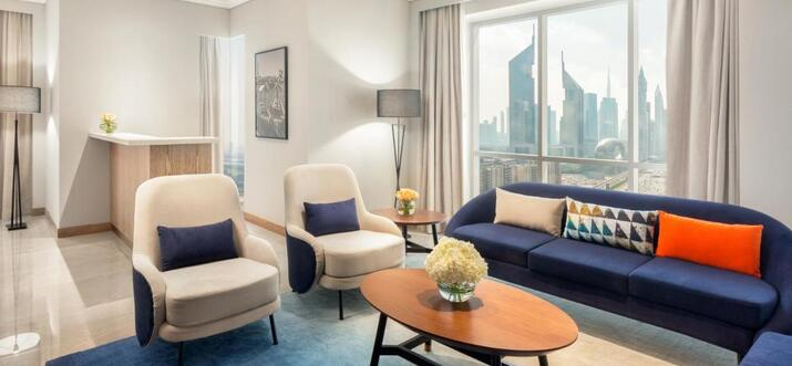 hotels in dubai with in room massage