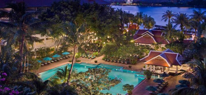 Loy Krathong: Lights, Rivers And Floating Dreams