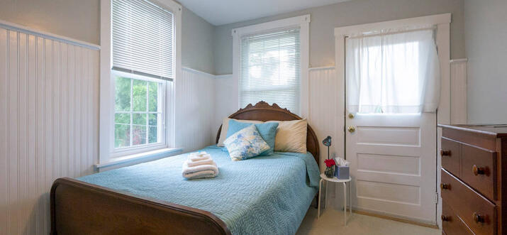 airbnb lancaster pa