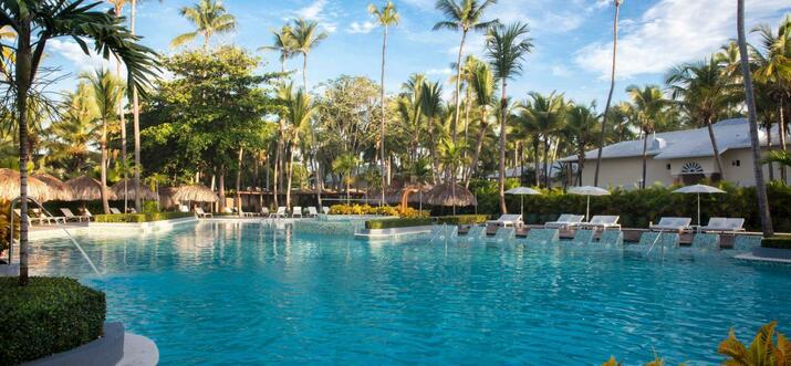 swim up suites dominican republic