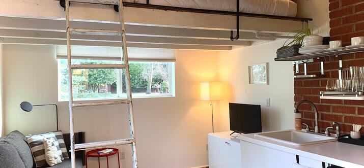 airbnb tiny house portland