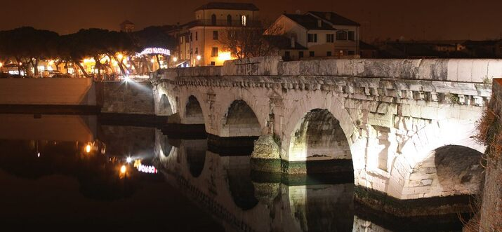 things to do in Rimini at night