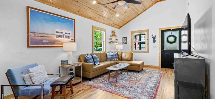airbnb bentonville ar
