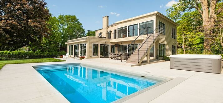 michigan vacation rentals with private pool