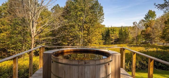 cabins with hot tubs in upstate ny
