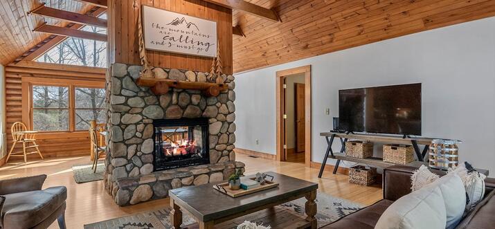 airbnb lake lure