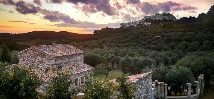 airbnb alpilles