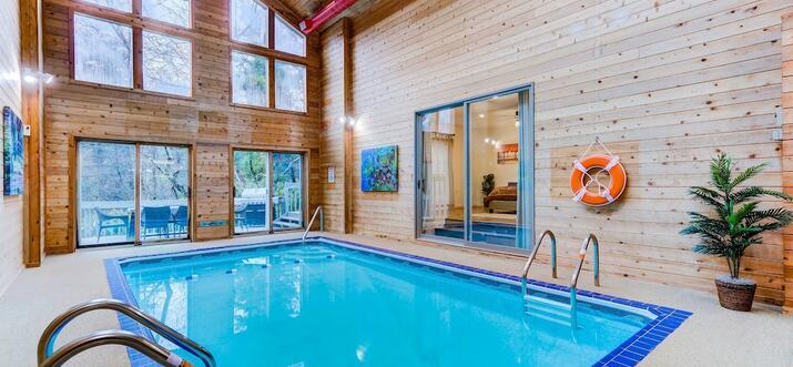 vacation rentals with private pool poconos
