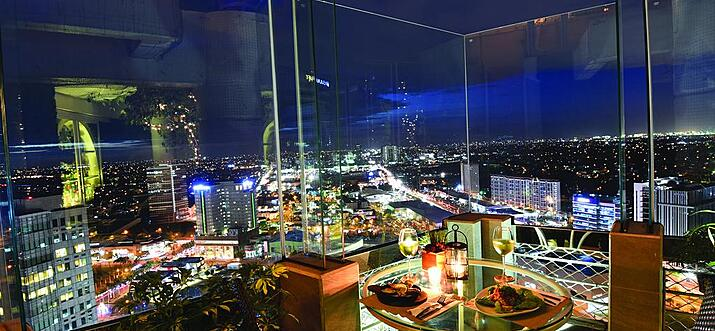 hotels with rooftop bars in manila