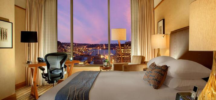 hotels with view of space needle
