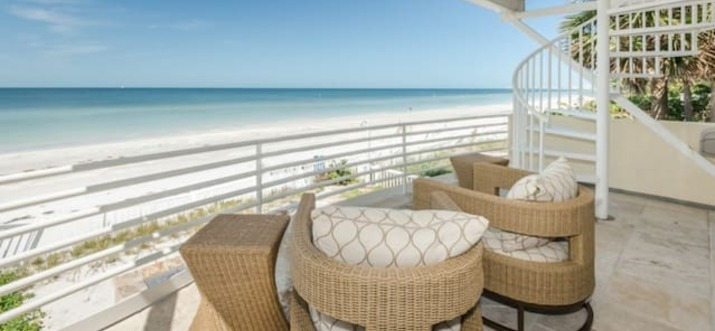 airbnb Treasure Island Florida, Usa