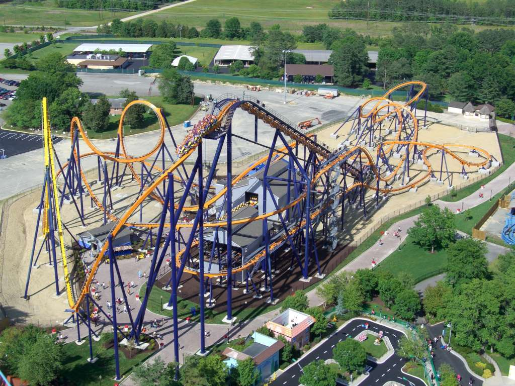 Dominator (Kings Dominion) 02 Layout completo